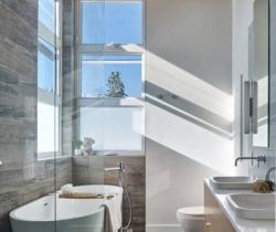Amazing Small Bathroom Layouts Types